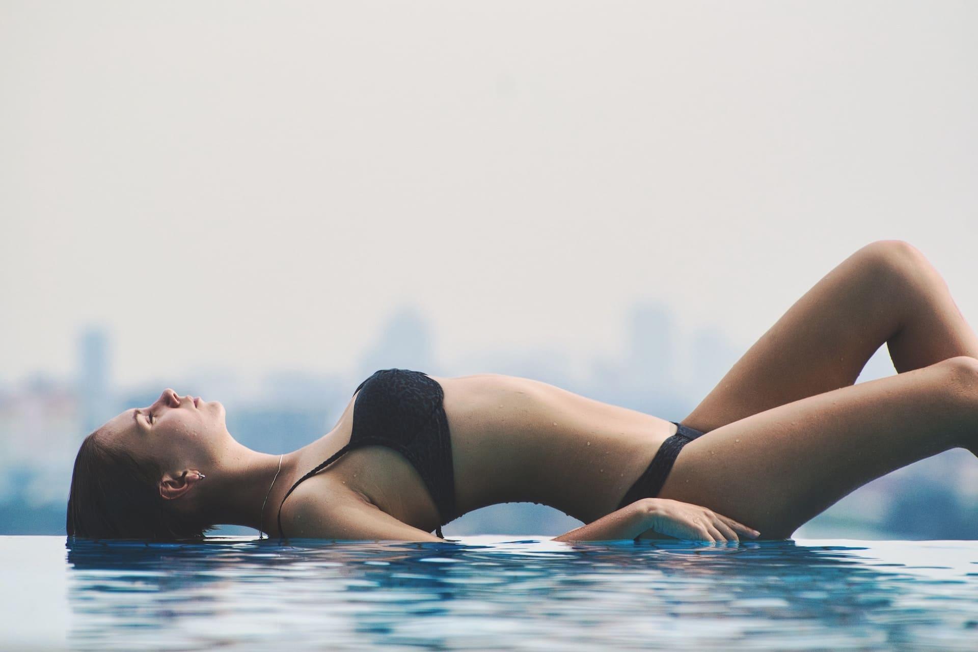Jak wygląda depilacja laserowa głębokiego bikini?